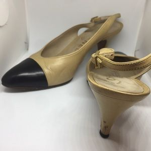 CHANEL Shoes - 🌸Affordable 🌸 Authentic Vintage CHANEL Beige